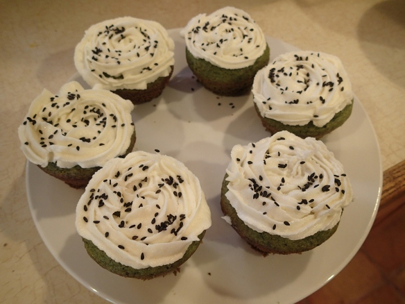 Green tea cupcakes with sesame icing